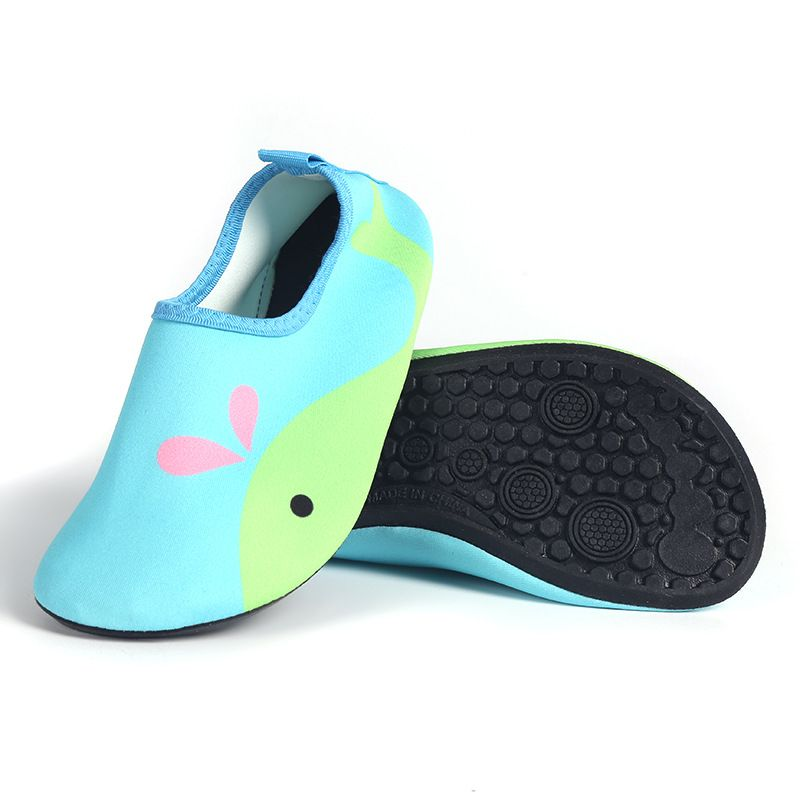 2018 New Child Cartoon Printing Beach shoes Sandals Boys Girls Outdoor Leisure Soft shoes Quick-drying Soft shoes 7 colour