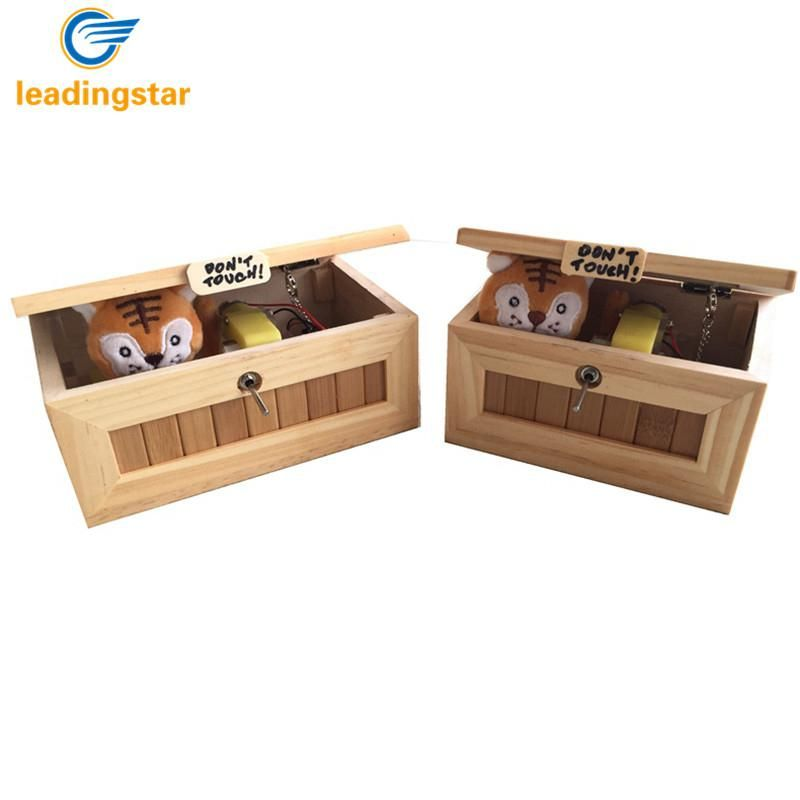 RCtown Mini Wooden Useless Box Leave Me Alone Box Tiger Toy Gift with Light USB Charging HWD30