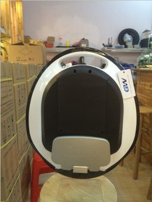Gotway MCM4 680WH HS Outdoor fitness equipment,electric unicycle,one wheel scooter,800W motor,life 70km,speed 35km/h+ bluebooth