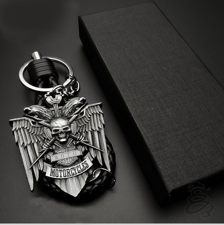 Fashion Motorcycle metal Key Ring Chain logo For Harley motorcycle Street 750 Fat Boy CVO VRSCF 1250 XL 883 1200 72 42 Blackline