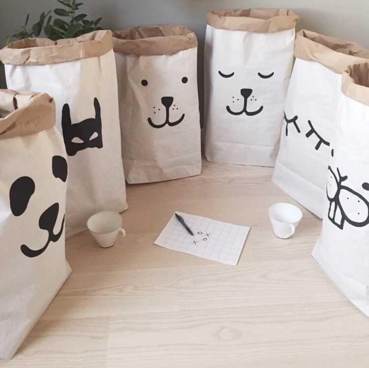 Lourd kraft sac de papier enfants chambre organisateur sac de stockage pour le jouet et bébé vêtements pour boutique de décoration