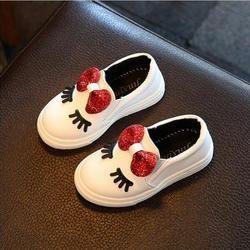 Niñas zapatillas primavera 2018 nuevo niño del bebé de los niños del bowknot blanco brillo suave ocasional zapatos planos niños chaussure enfant 908