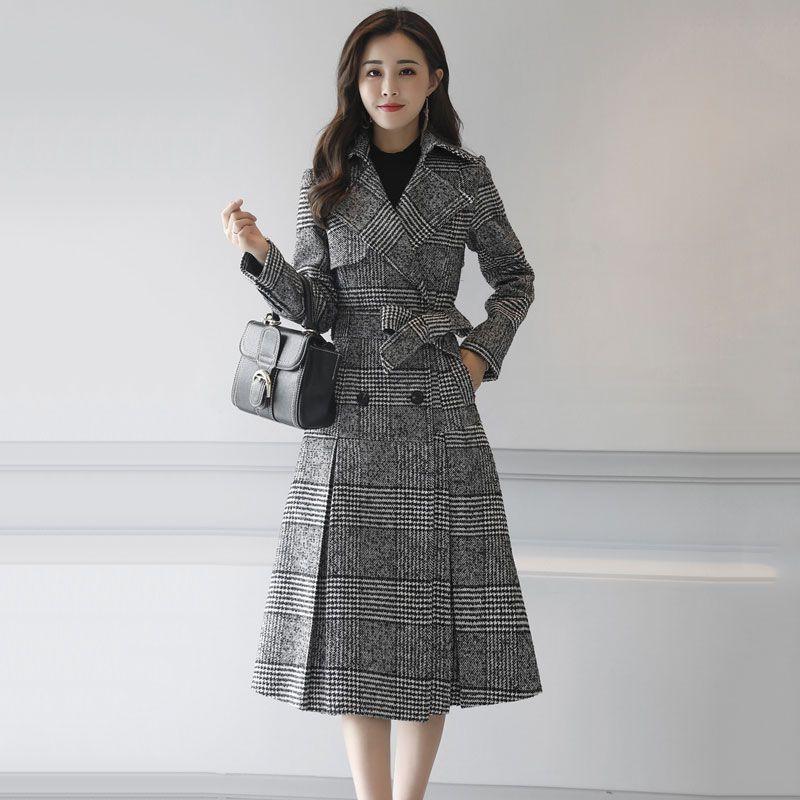 2018 New Vintage Plaid Woolen Blends Coat Women Autumn Winter Slim Long Jackets Double Breasted Elegant Female Warm Coat W110