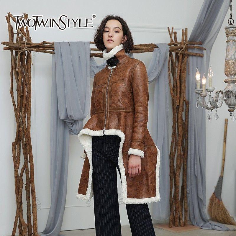 TWOTWINSTYLE Unregelmäßigen Fleece Mäntel Frauen Rollkragen Langarm Samt Dicke Jacke Tops Weibliche 2018 Winter Plus Größe Mode
