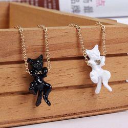 Fashion Cute Hitam Putih Kucing Kalung Liontin Indah Vivid Kitty Cat Kalung Kalung untuk Wanita Gadis Anak-anak Hadiah Perhiasan