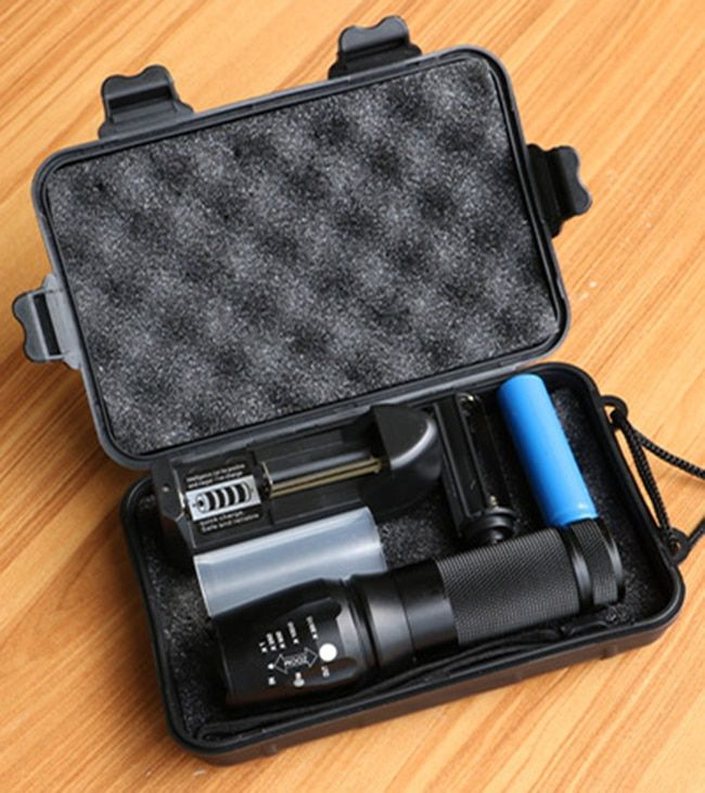 New Powerful X800 LED Flashligh CREE XM-L2 8000 Lumens LED Torch Zoomable Flashlight LED Lamp + Battery +Charger G700 Flashlight