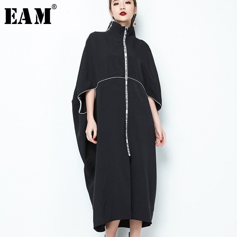 [EAM] 2018 New Autumn Stand Collar Long Sleeve Black Letter Zipper Irregular Big Size Solid Dress Women Fashion Tide JE65001