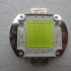 Proyektor cahaya Terintegrasi Daya Tinggi LED 100 w 45*45 Manik-manik Lampu chip 32-38 V untuk Banjir cahaya Lampu Sorot Bridgelux chip