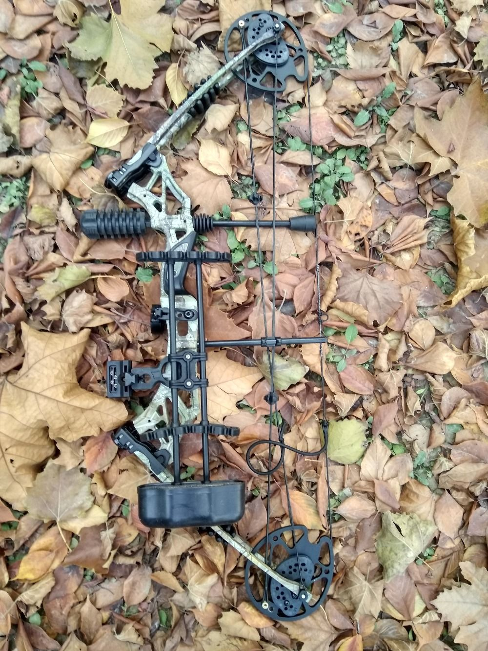 35~70lbs 330fps Carbon Archery Hunting-compound-bow Sets