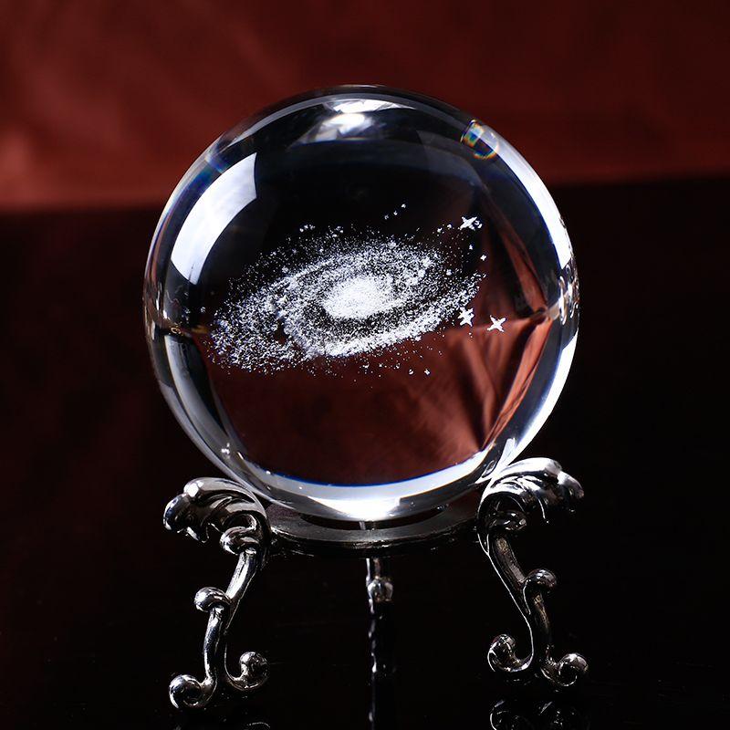 6 CM diamètre Globe galaxie Miniatures boule de cristal 3D Laser gravé Quartz verre boule sphère décoration de la maison accessoires cadeaux