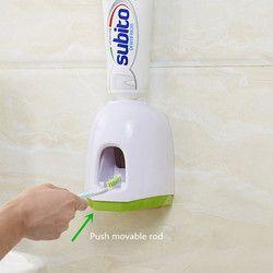 Plástico baño automático Pasta de dientes dispensador exprimidor hogar Pasta de dientes montado en la pared sostenedor de la succión estante Accesorios
