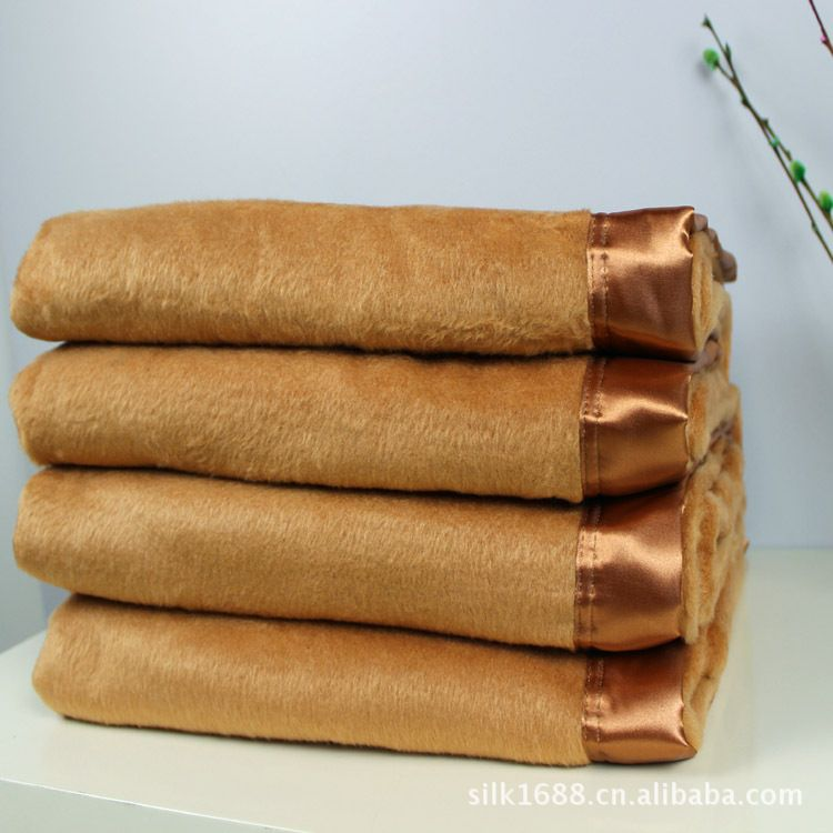 Silk Throw Blanket Textured Solid Soft for Sofa Couch Cozy Decorative Blanket 200cmx230cm Khaki