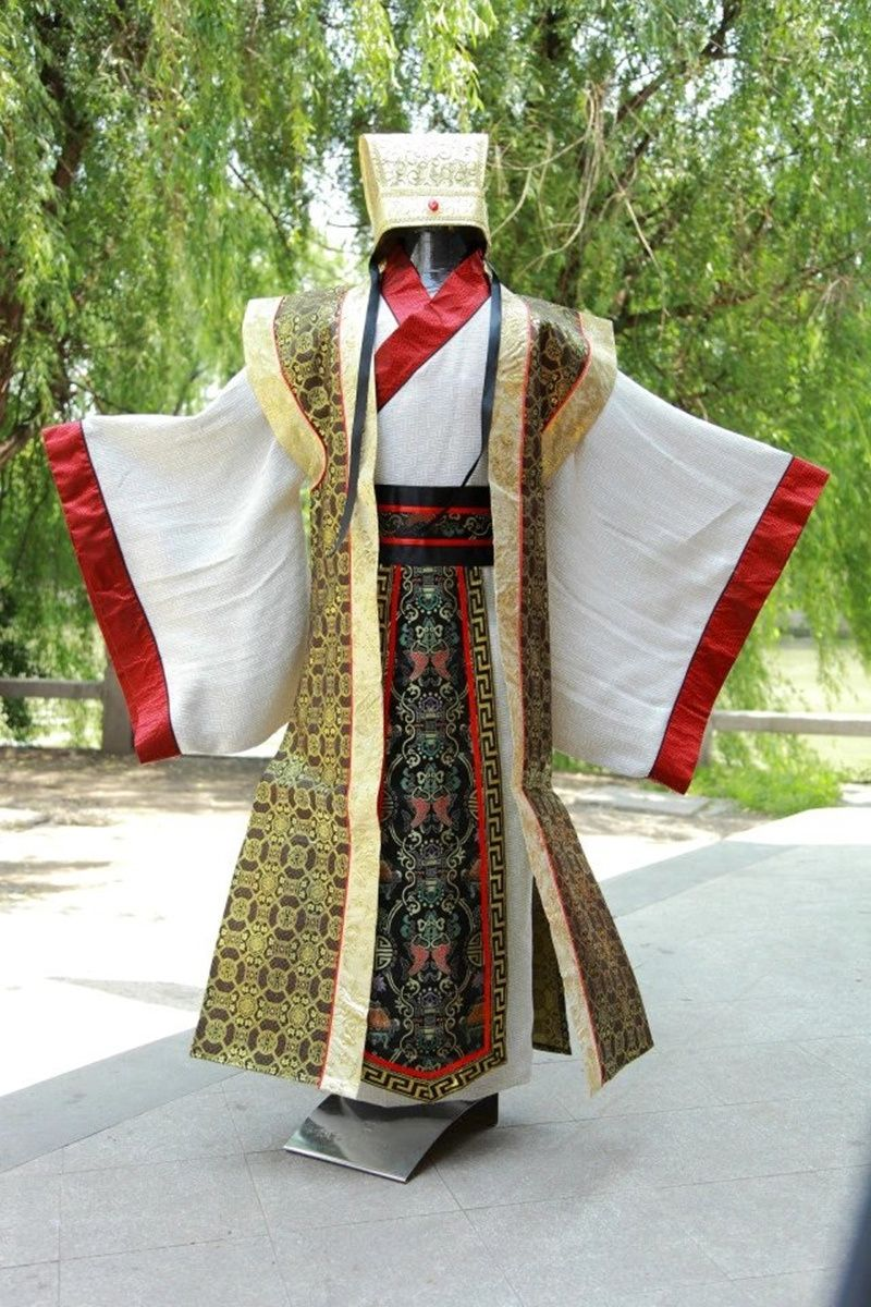 2018The New summer kungfu uniforms chinese traditional men clothing tang costumes dragon ancient emperor suitsTB