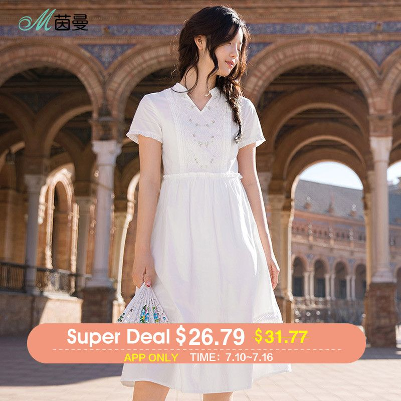 INMAN 2018 summer new dress V neckline the small fresh embroidery easy to wear short sleeves high waist dress.