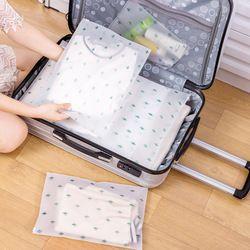 eTya Women Travel PVC Cosmetic Bags Transparent Zipper Makeup Bags Organizer Beauty Toiletry Bag Bath Wash Make Up Case
