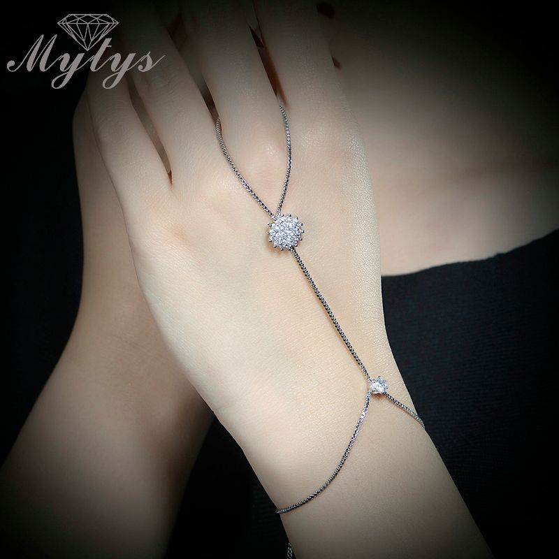 Mytys New Fashion Slave Bracelet Box Chain White Gold GP Bracelet Connected Finger the Back Of The Hand Jewelry R1060