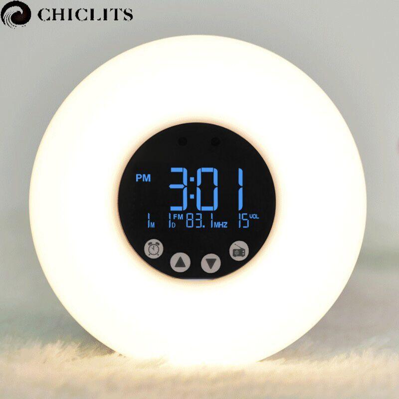 Wake-Up Light Led con Amanecer Simulación Digital Pantalla Led Radio FM Reloj Despertador Noche Luz de Temperatura de Color RGB Lámpara inteligente