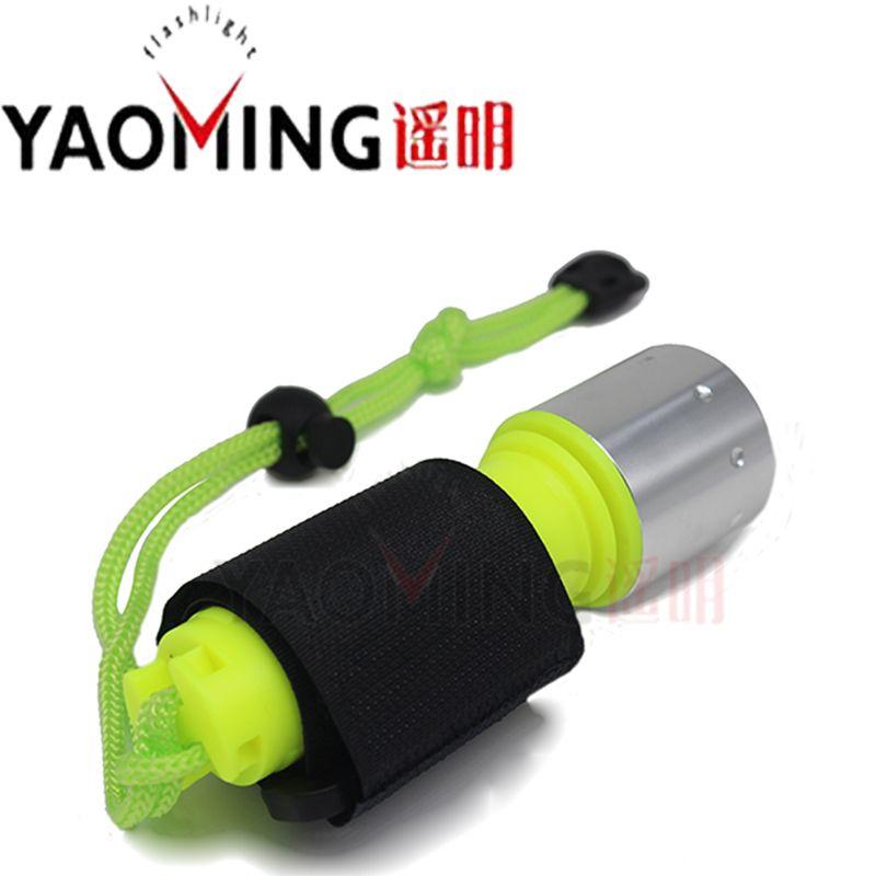 Lampe de poche de plongée YAOMING lampe de plongée T6 LED 800 Lumen utilisation Rechargeable 18650 batterie sous-marine plongée sous-marine torche de plongée