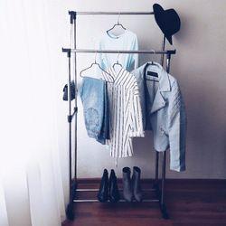 Colgador para suelo de metal de dos niveles para secar ropa barato y de alta calidad