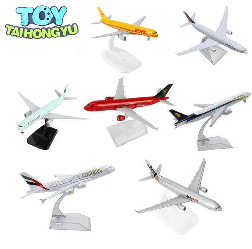 TAIHONGYU Boeing 777 380 320 747 757 330 Jet Star Air Airbus Canada DHL Emirates airplane Model w/Stand Collections Diecast Toys