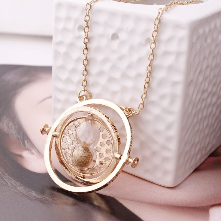 Vintage Creative 360 Degree Rotatable Horcrux Harry Potter Time Converter Hourglass Pendant Necklace time turner For Woman Toys