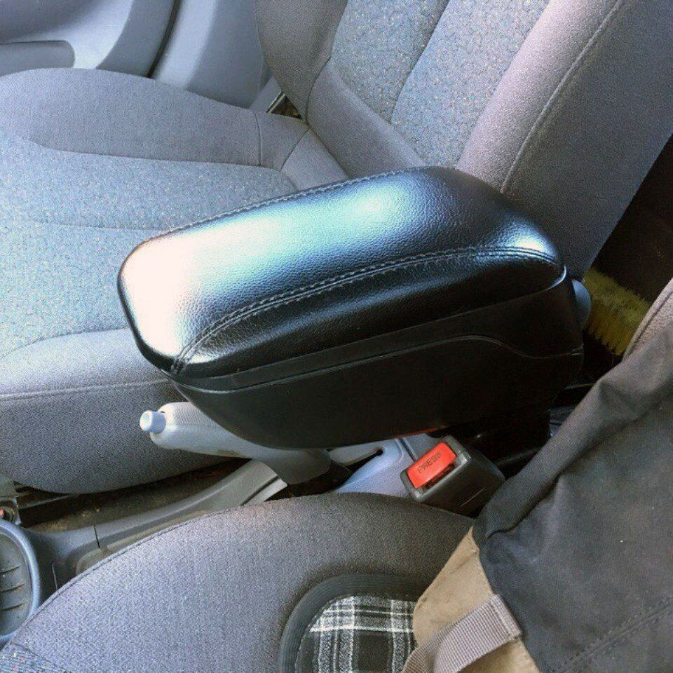 Für Hyundai Accent Tagaz auto armlehne mit inneren boxen schwarz farbe PHAC9