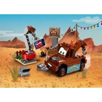 LEGO® Η Αυλή με Παλιοσίδερα του Μπάρμπα