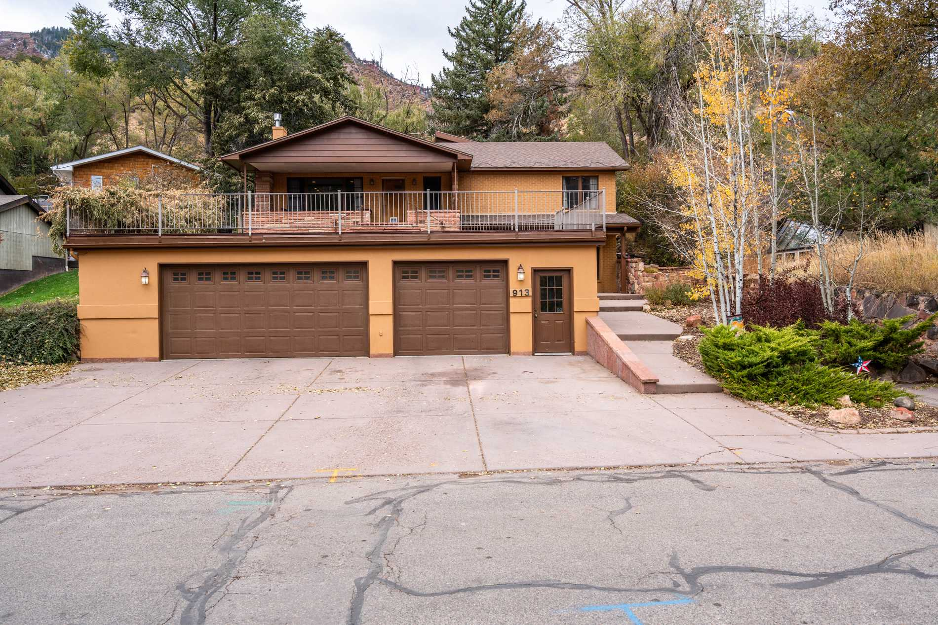 913 Red Mountain Drive Glenwood Springs Photo 2