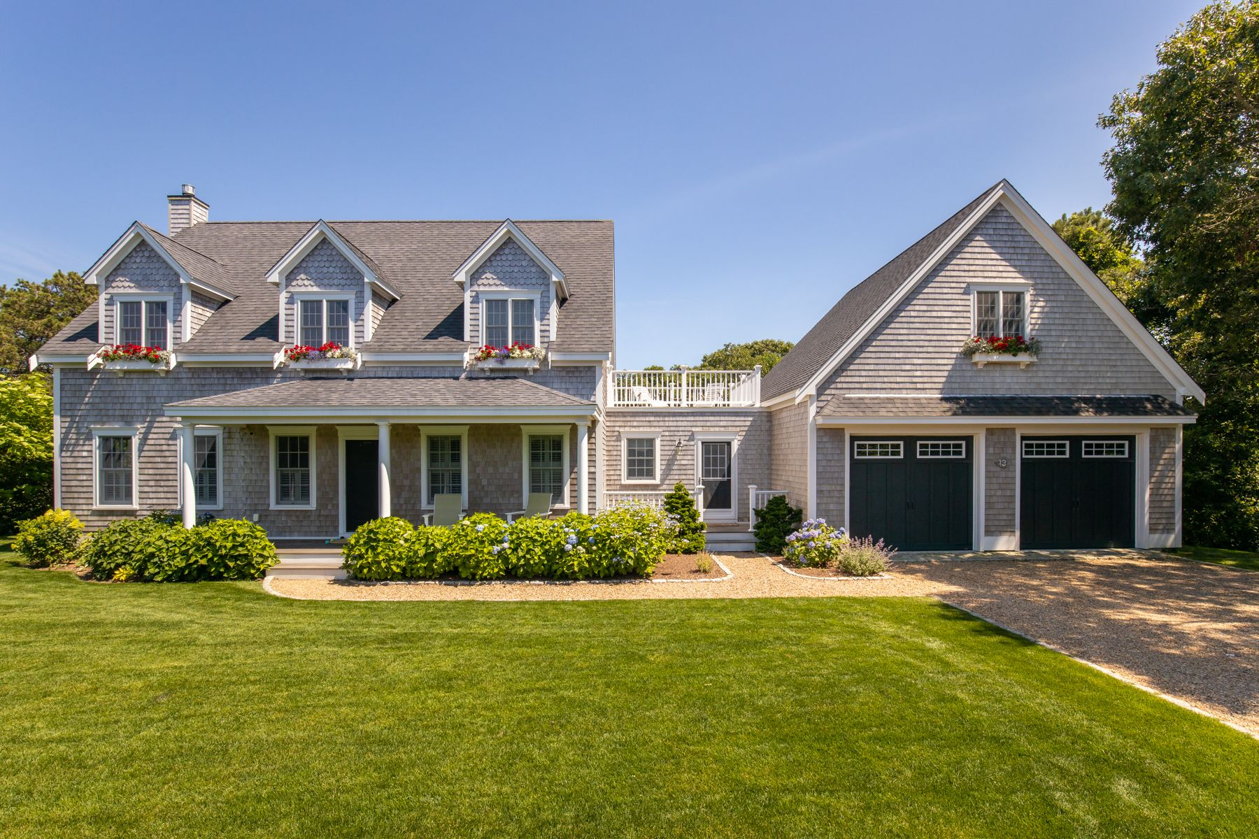 13 Brushy Lane  Edgartown Photo