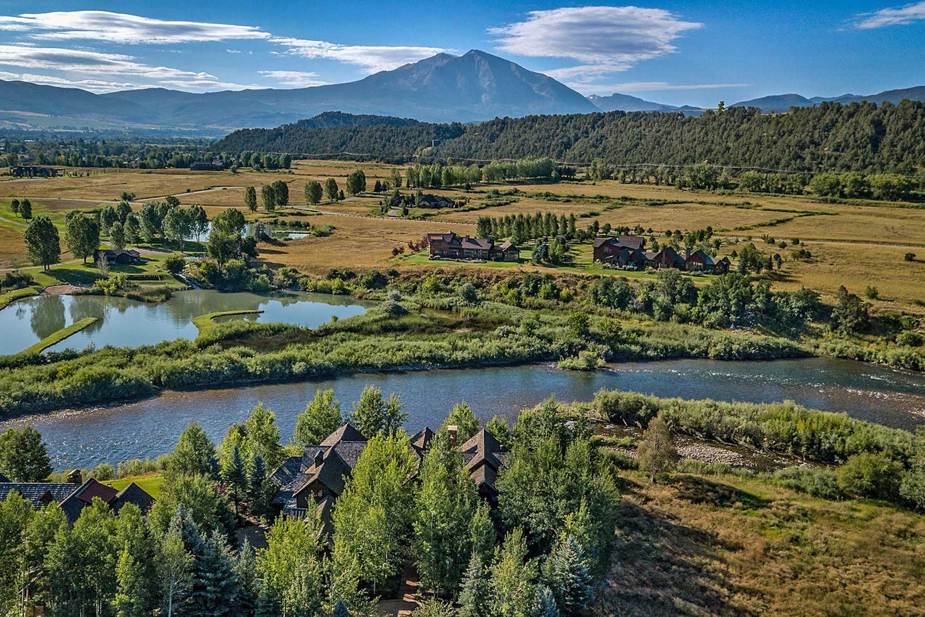 340 River's Bend Carbondale Photo 2
