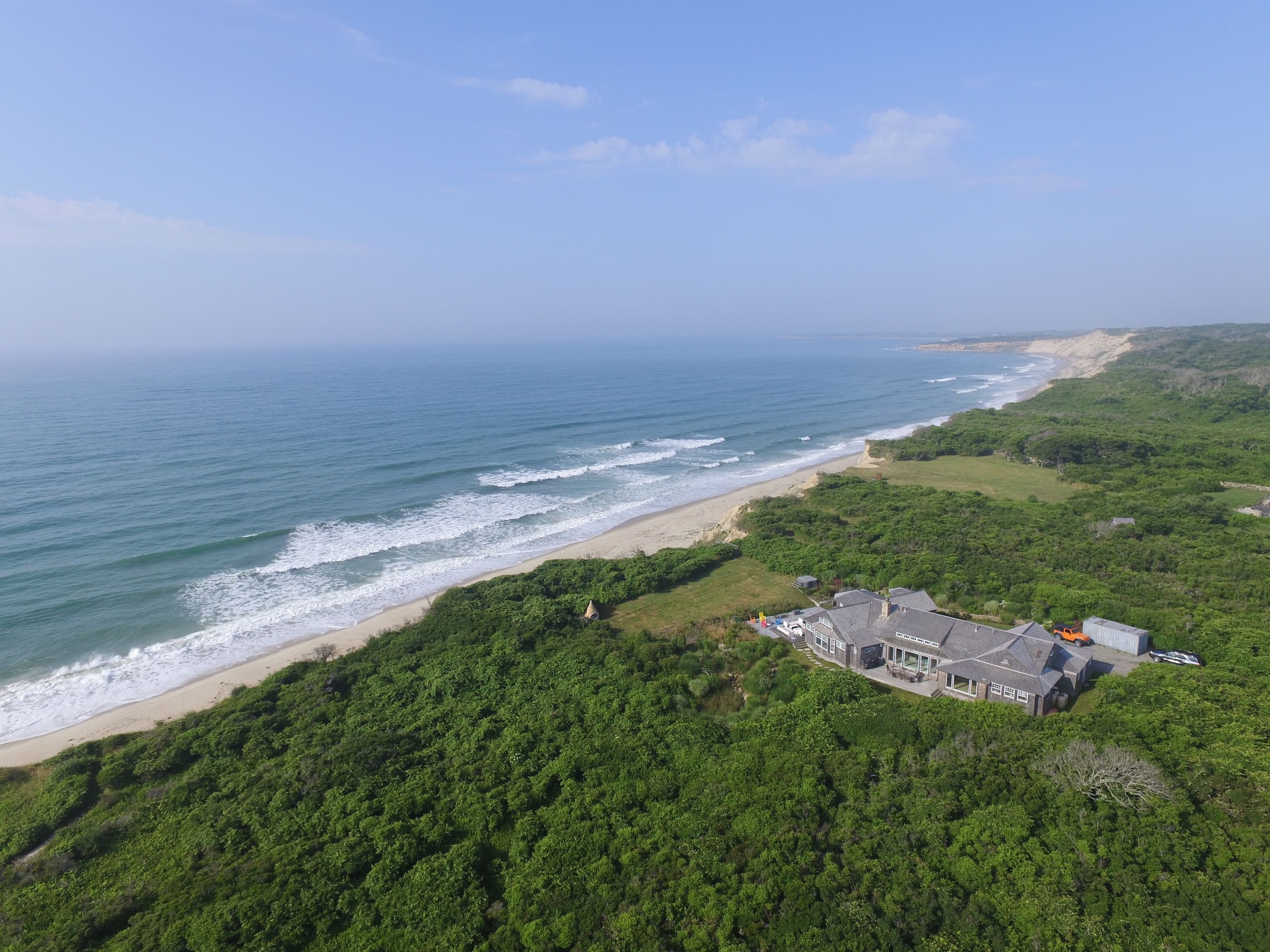 11 Azalea Lane Chilmark Photo