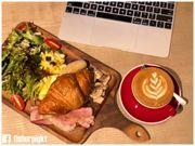 【運動店都有Café?】Blue Place Cafe.運動用品店內的西環樓上 Café...