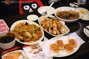 [釜山。西面站]*白鍾元老師*香港飯店0410,平價又美味的炸醬麵,海鮮辣...