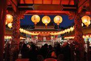 長崎燈籠節 街道為舞台 搭配今年生肖為主題 裝置藝術 百萬人到場 熱鬧祭典...