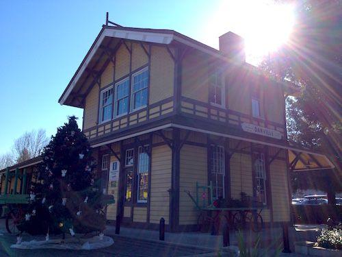 http://2.bp.blogspot.com/-L-b6JEuy9a8/VKc4tex9lrI/AAAAAAAAI_4/TUSqCZDG4_4/s1600/Danville_Museum_of_the_San_Ramon_Valley.JPG