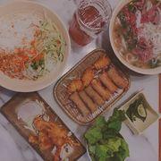[食評] 鳴越越式料理.好吃又大份量的越南菜