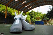 2015《回到未來2》環球影城復刻版運動鞋,過往年歲對未來的無盡想像