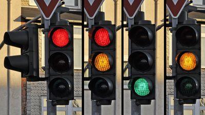 И семафорите станаа паметни – регулираат сообраќај и смалуваат мешаници