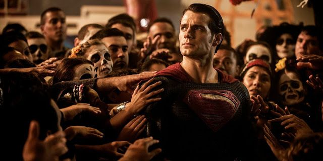 https://3.bp.blogspot.com/-8G5ZJZ_98dY/VvfQ0ZbrplI/AAAAAAAAf-g/KoYYGjE2n0ISZquptM_Vi23XL4sgOdIRA/s640/Batman-V-Superman-Day-of-the-Dead-Superman.jpg