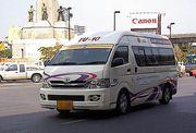 【泰國】風馳電掣 麪包車