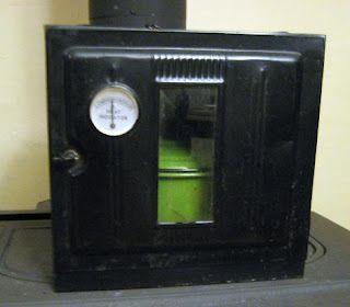 [Image: stove2.JPG]