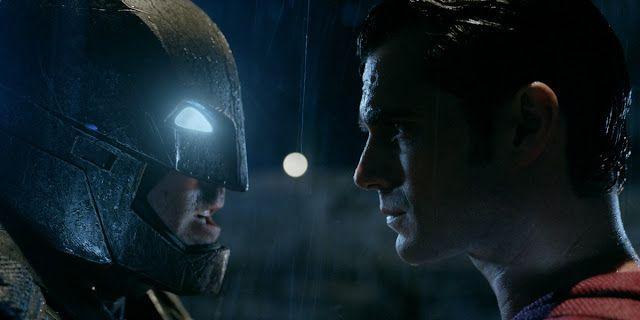 https://3.bp.blogspot.com/-jkt3ZWmrQY0/Vve1mPzBdgI/AAAAAAAAf9M/Sm3VzWAOPwoMSX2Q2nq40ysan6PyJ0y4A/s640/batman-v-superman-the-complete-guide-to-frank-miller-dark-knight.jpg