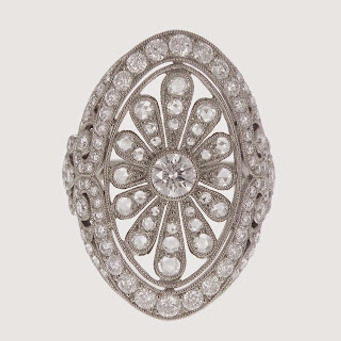 http://4.bp.blogspot.com/-Ild4vup0TDo/VV8VDT65MyI/AAAAAAAAOck/FqXV9D-b-jc/s320/Diamond%2BRing%2BB.jpg
