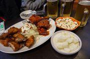 [首爾食食食] 你瘦夠了嗎 我們吃肉吧 24小時營業的Two Two炸雞加啤酒...