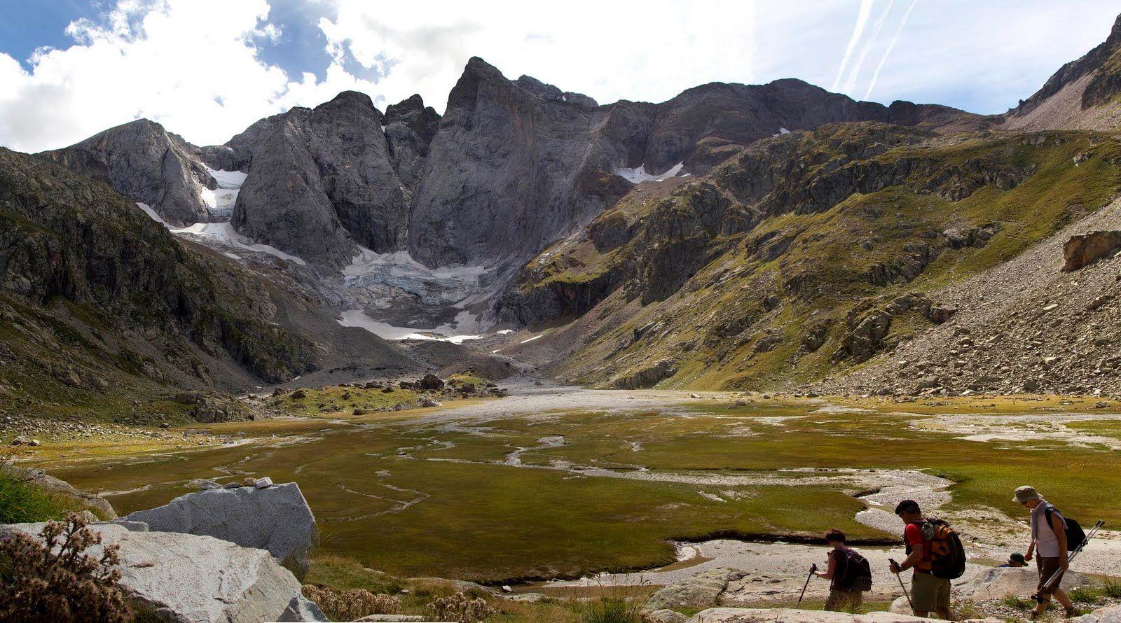 [Imagen: Panorama_Vignemale.jpg]