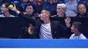 C朗拿度「作客」網球場展示門將技巧 C朗拿度左飛右撲難阻密集攻勢