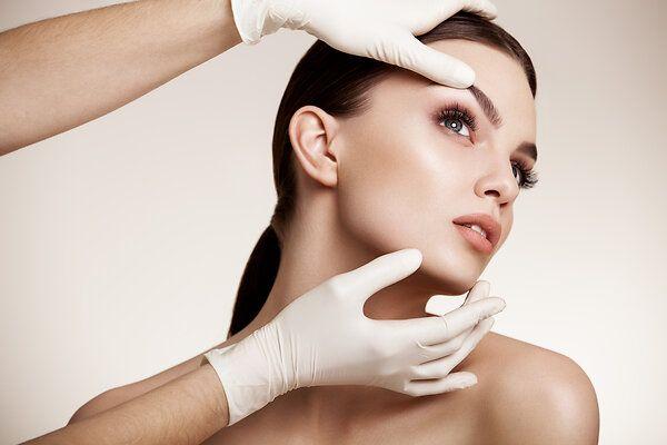 Обойдемся без хирургов: что заменит пластические операции