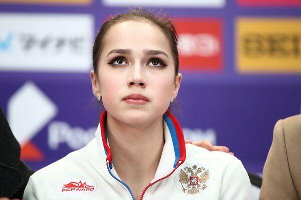 «Проявила слабость» — почему фанаты Алины Загитовой переживают за её будущее?