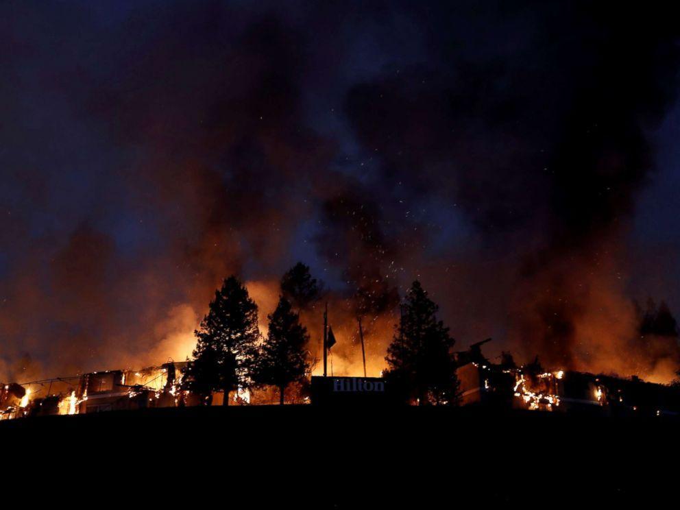 [Image: california-fire-1-rt-jt-171010_4x3_992.jpg]