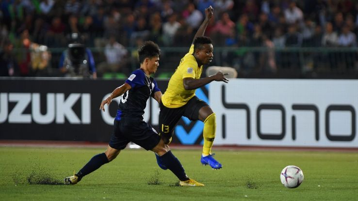 Malaysia edge Cambodia in AFF Suzuki Cup as Vietnam cruise past Laosの代表サムネイル